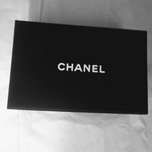 Accessories - Chanel Magnetic Box